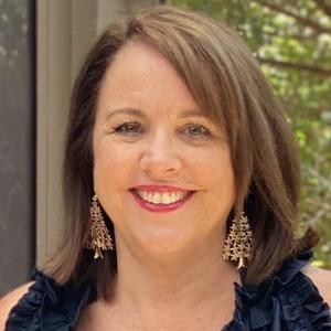 Carolyn profile photo
