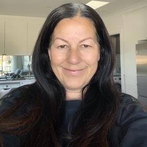 Lynne profile photo