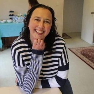 Robyn profile photo