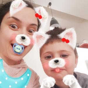 Farnaz profile photo